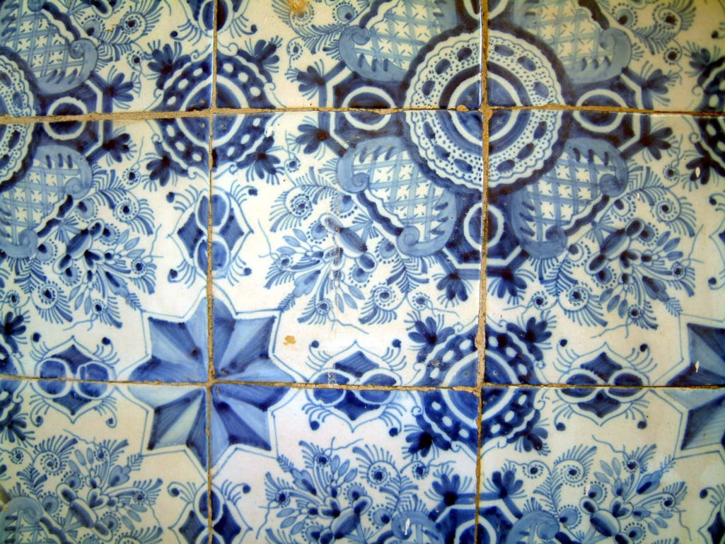 18c1-Hand-painted-Dutch-tiles-from-the-late-eighteenth-century