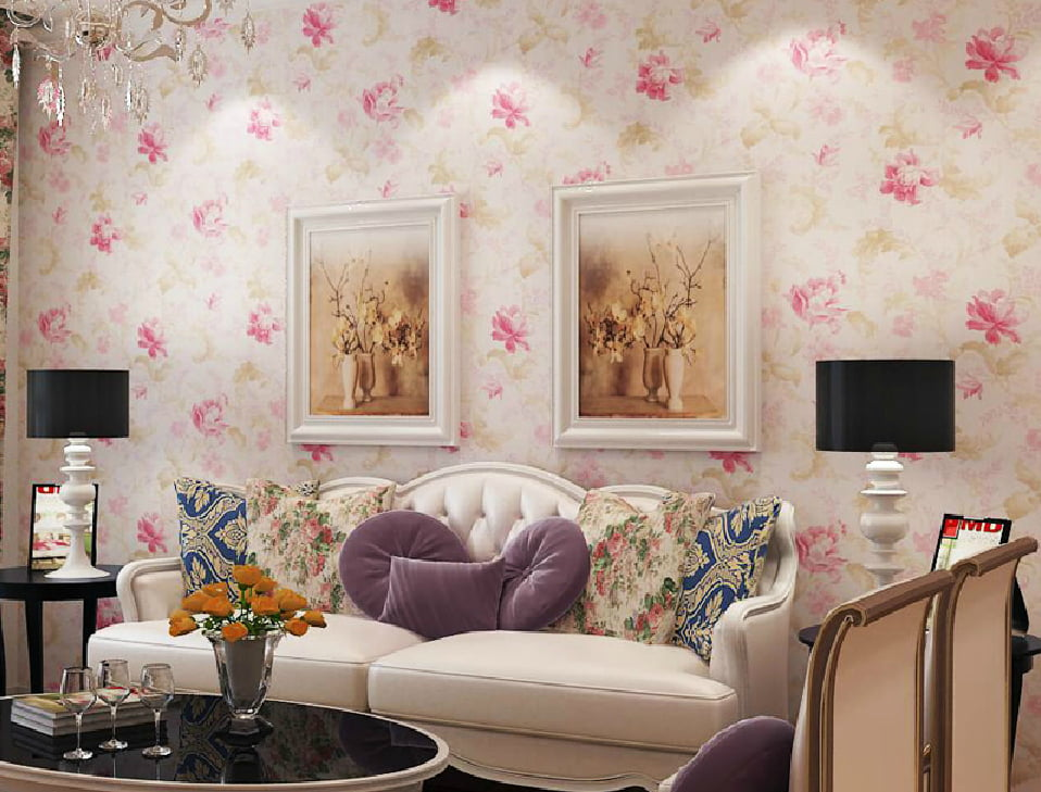 American-living-room-with-pastoral-retro-wallpaper