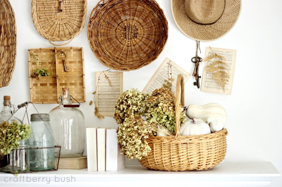 traditional-craft-thanksgiving-decoration-idea-wicker-basket-thanksgiving-bush-thanksgiving-mantel-decoration-interior-decorations-autumn-thanksgiving-mantel-decoration-ideas-948x631