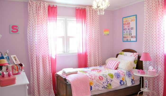 Girls-Pink-And-Purple-Color-Scheme-Ideas-For-Small-Space-Room-With-Wooden-Bedding-Sets-And-Pink-Polka-Dots-Curtains