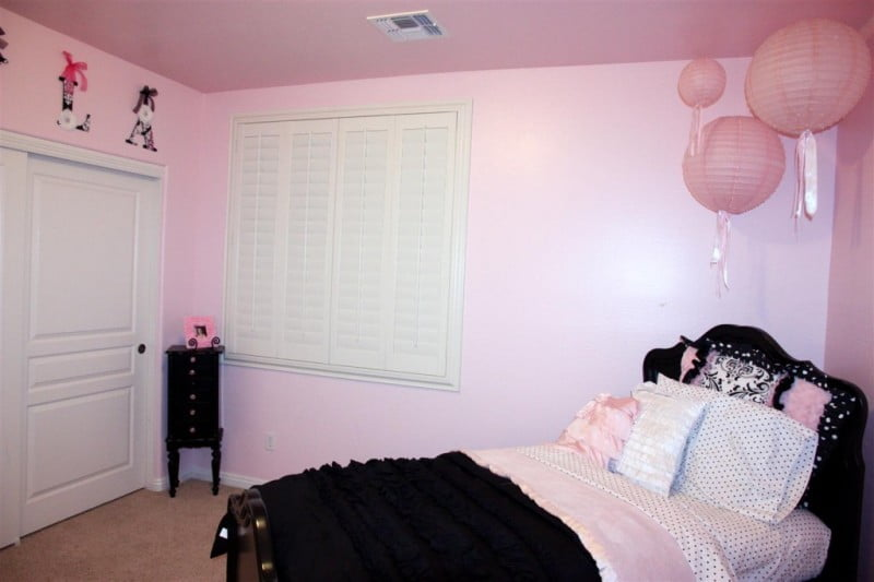 white-bedroom-decor-and-black-pink-pink-and-black-bedroom-ideas-for-girls-furniture-accessories-curtains-adults-wallpaper-sets-chair-tumblr