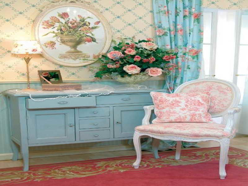 Shabby-Chic-Interior-Designers-with-Blue-Cabinet