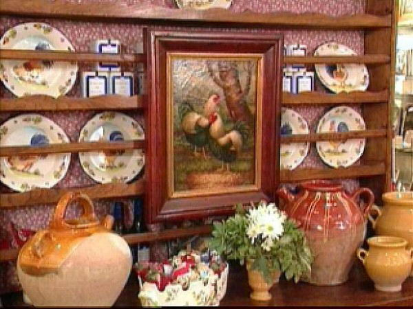 french-country-style-furniture-shelves-600x450