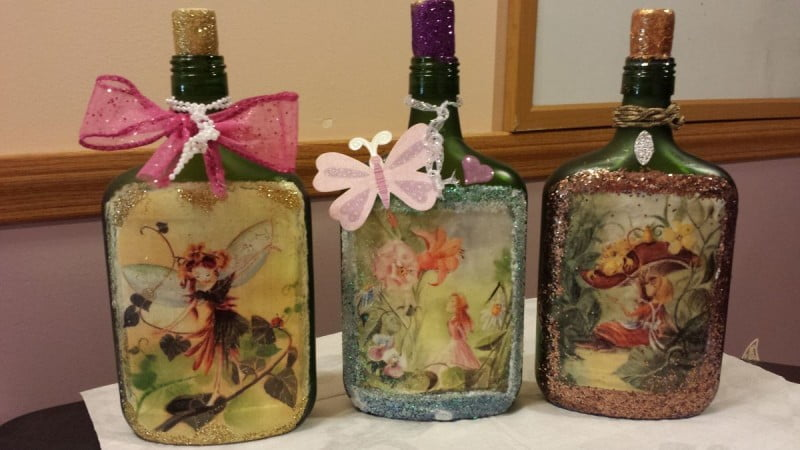 decoupage-on-glass-jars-bottles-mason-jars-etc-mason-jars
