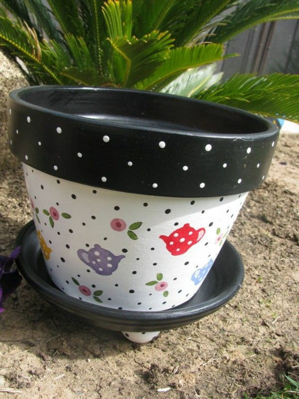 beautiful-painted-flower-pots