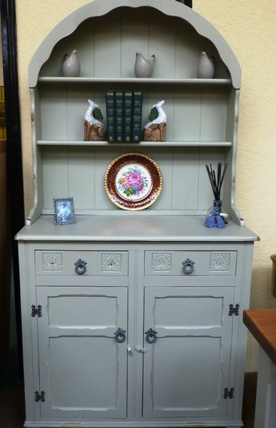 Vintage_Furniture_Preston_Dutch_Dresser