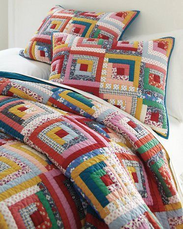 ebfe5a079f16da00c3b11c5a483f5e93--log-cabin-quilts-log-cabins (1)